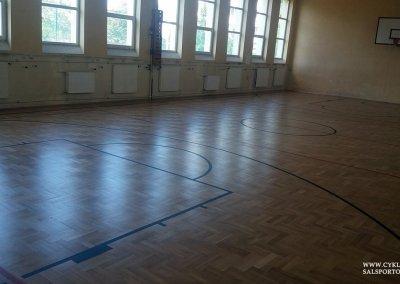 Cyklinowanie sali gimnastycznej wCzernicy (4)
