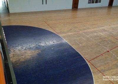 Podłoga sportowa w hali przed cyklinowaniem (3)