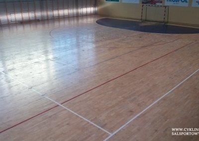 stan faktyczny hali przed cyklinowaniem podłogi sportowej (1)