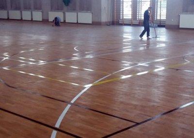 przygotowanie dolakierowania - sali sportowej